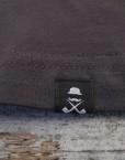 camiseta_hombre_gris-oscuro_etiqueta