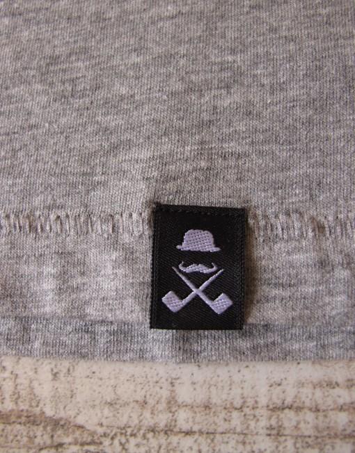 camiseta_mujer_gris_etiqueta